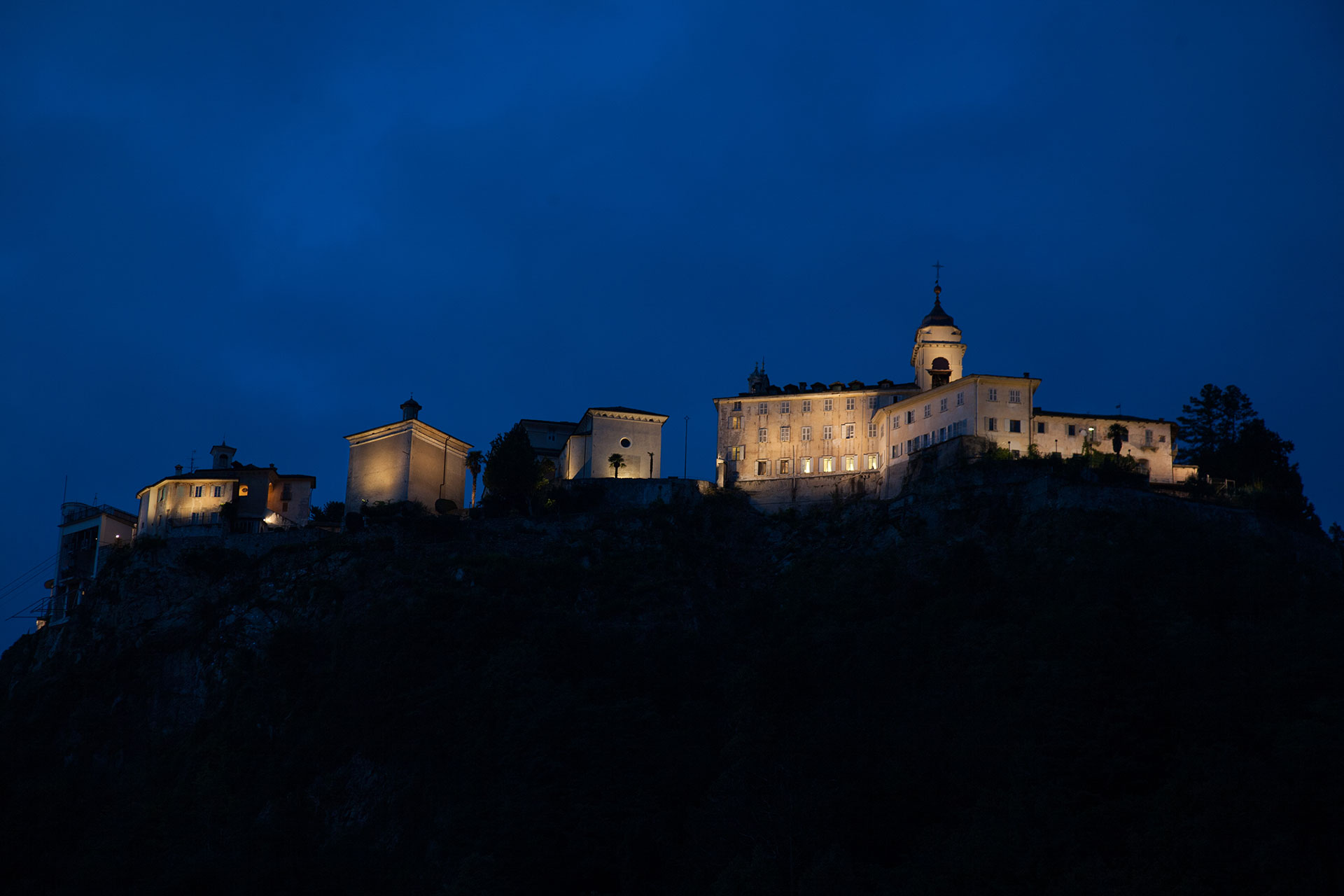 ARTISTIC AND FUNCTIONAL LIGHTING – SACRO MONTE DI VARALLO